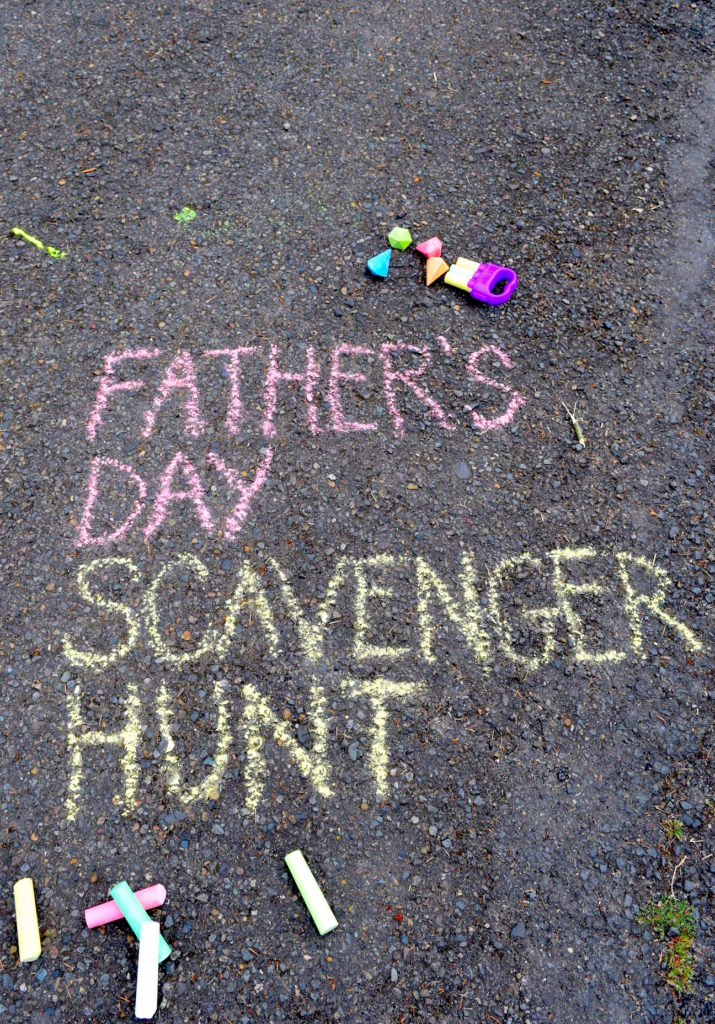 Father S Day Scavenger Hunt With Yoobi Chalk Easy Gift Idea